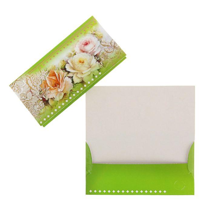 Конверт для денег универсальный, белые розы, зеленый фон