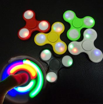 Светящиеся спиннеры из пластика (3 режима), разноцветные