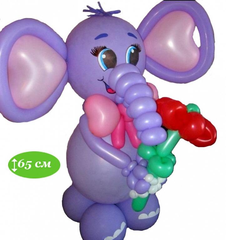 Слоненок с цветочком