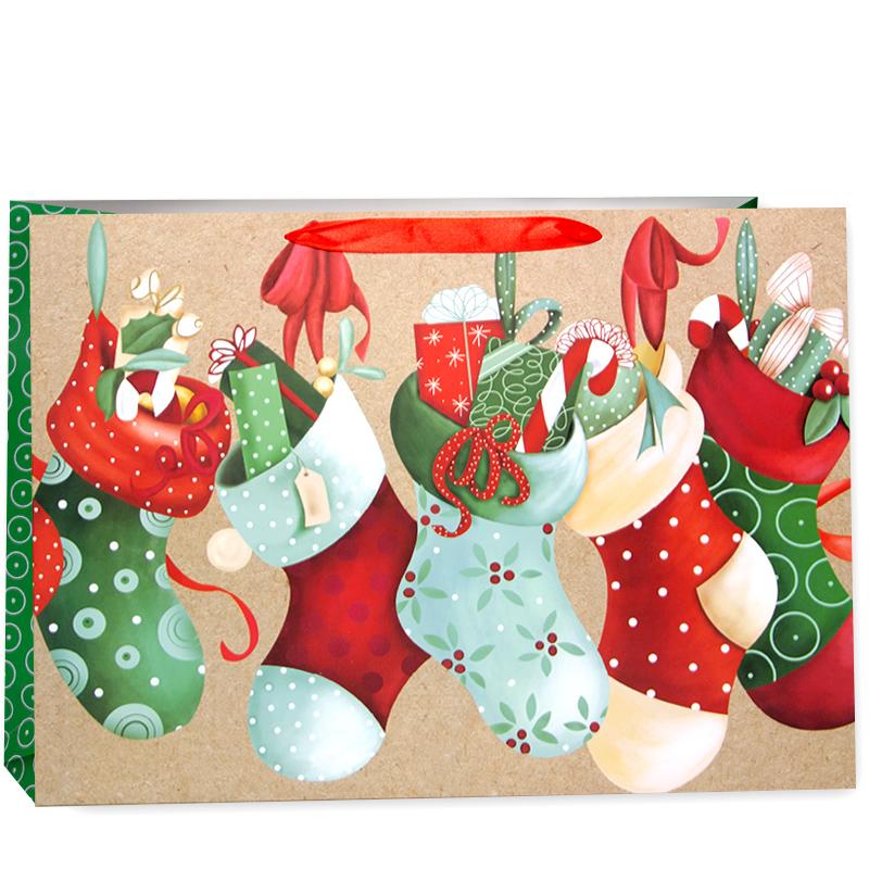 Пакет подарочный Новогодние носочки со сладостями, 31*42*12 см
