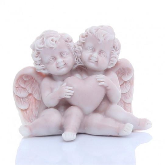 Ангелочки сидящие с сердечком 4см