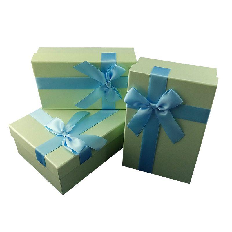 Подарочная коробка 3